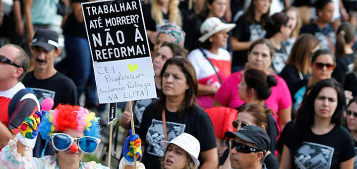 Ato 15 de março em Curitiba